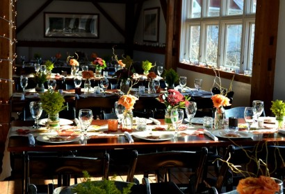 Barn wedding tablescapes