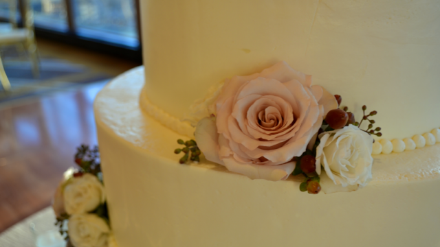Lundgren Wedding- Cake Flowers